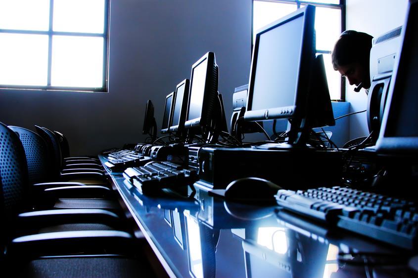 Jak zarządzać zasobami IT w firmie?